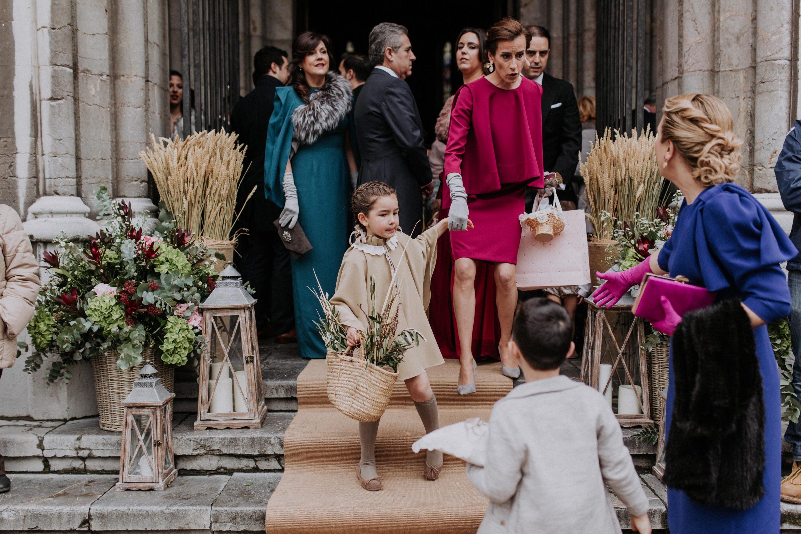 leymar-floristas-novias-asturias-aviles-ramos-bodas-decoracion-iglesia-mesas-novia (47)