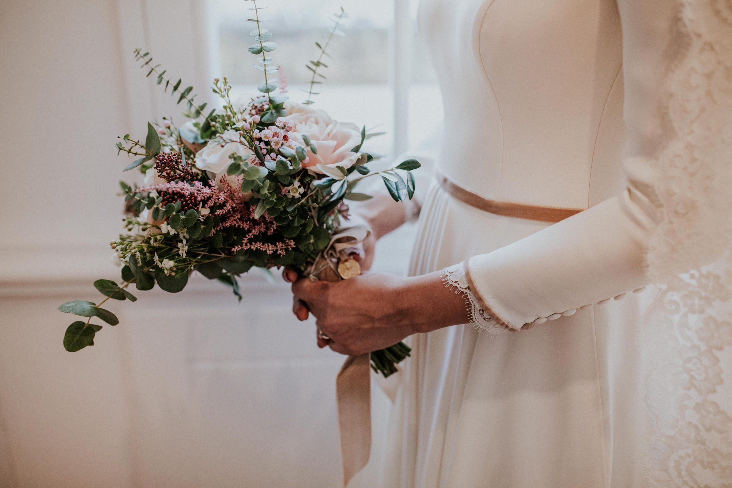 leymar-floristas-novias-asturias-aviles-ramos-bodas-decoracion-iglesia-mesas-novia (77)