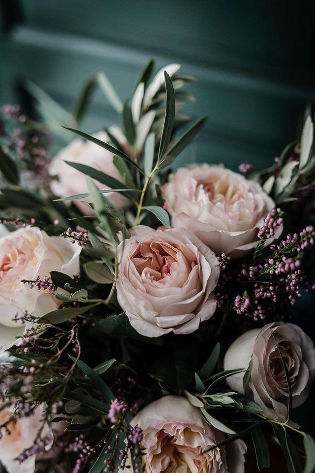 Leymar-floristas-deco-iglesia-arco-ceremonia-flores-aviles-asturias (2)