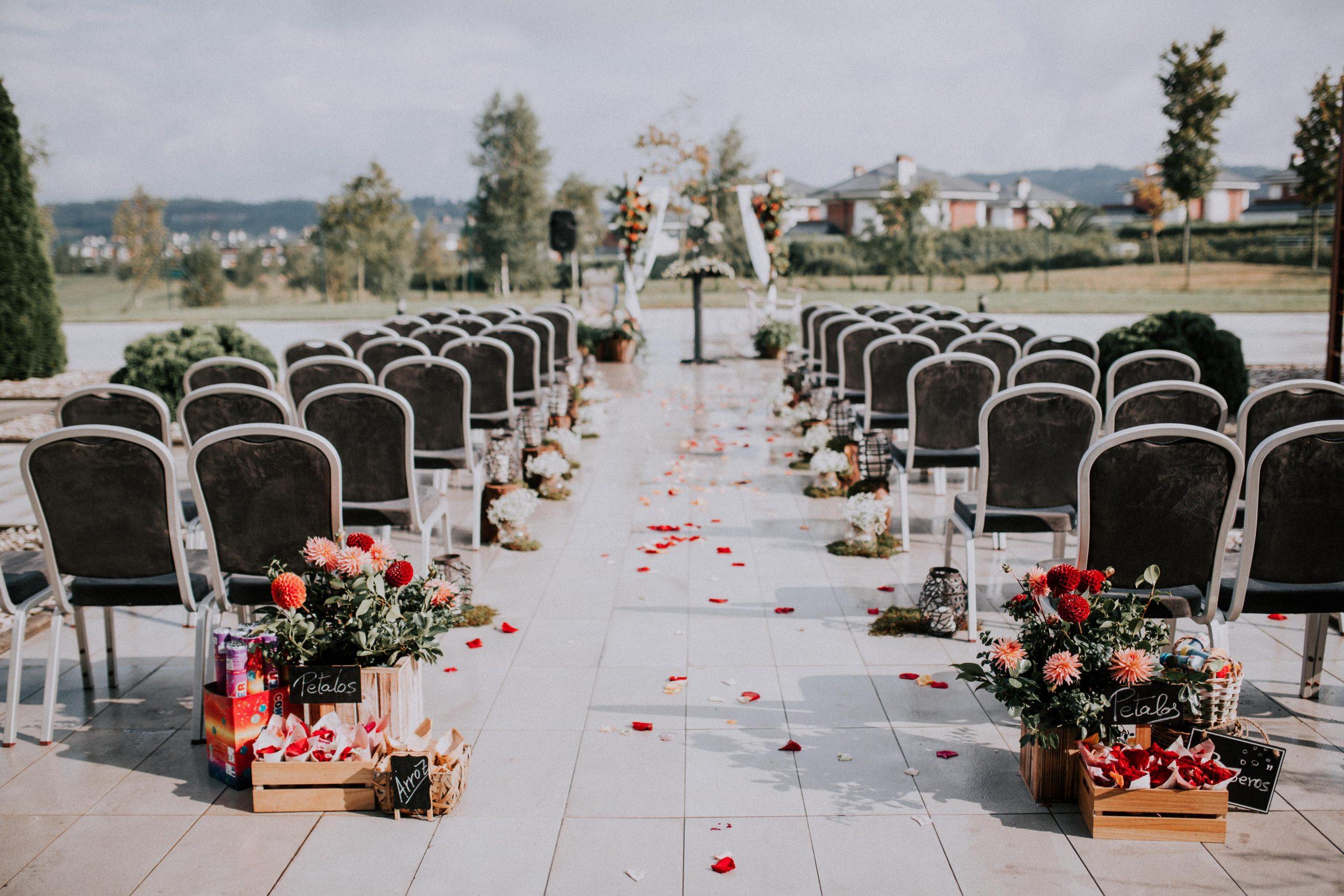 leymar-floristas-novias-asturias-aviles-ramos-bodas-decoracion-iglesia-mesas-novia (12)