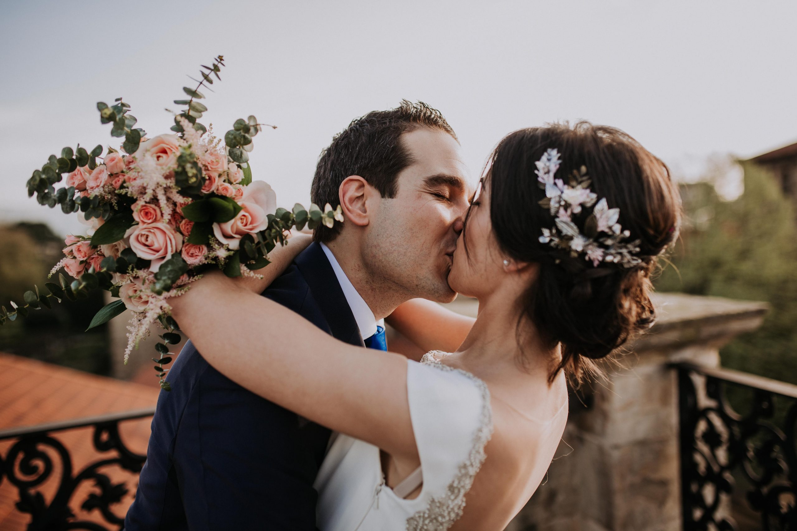 leymar-floristas-novias-asturias-aviles-ramos-bodas-decoracion-iglesia-mesas-novia (159)